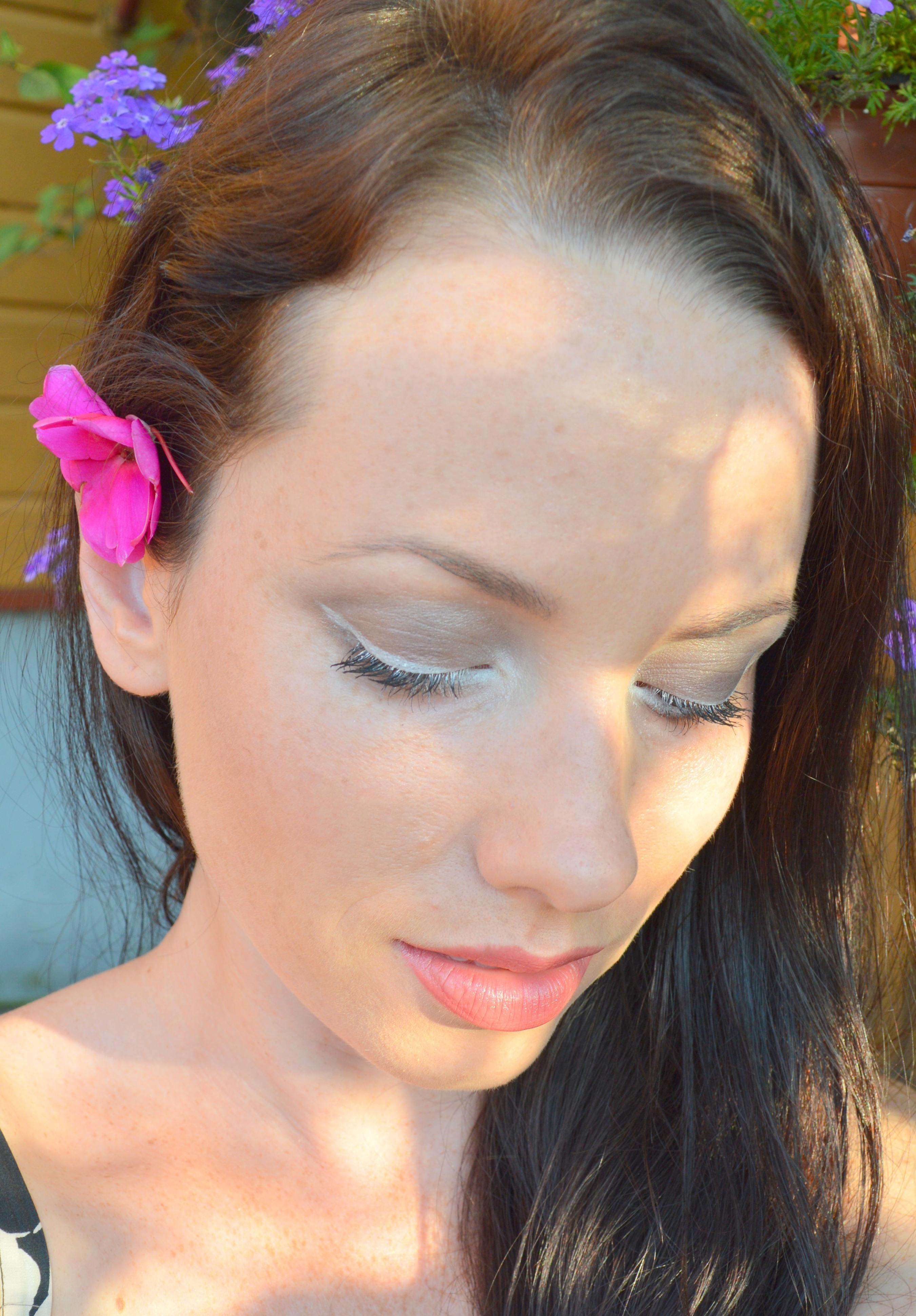 White Eyeliner Is the New Black Eyeliner   Baltic Beauty Blog