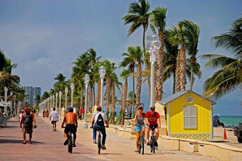 hollywood beach bikers
