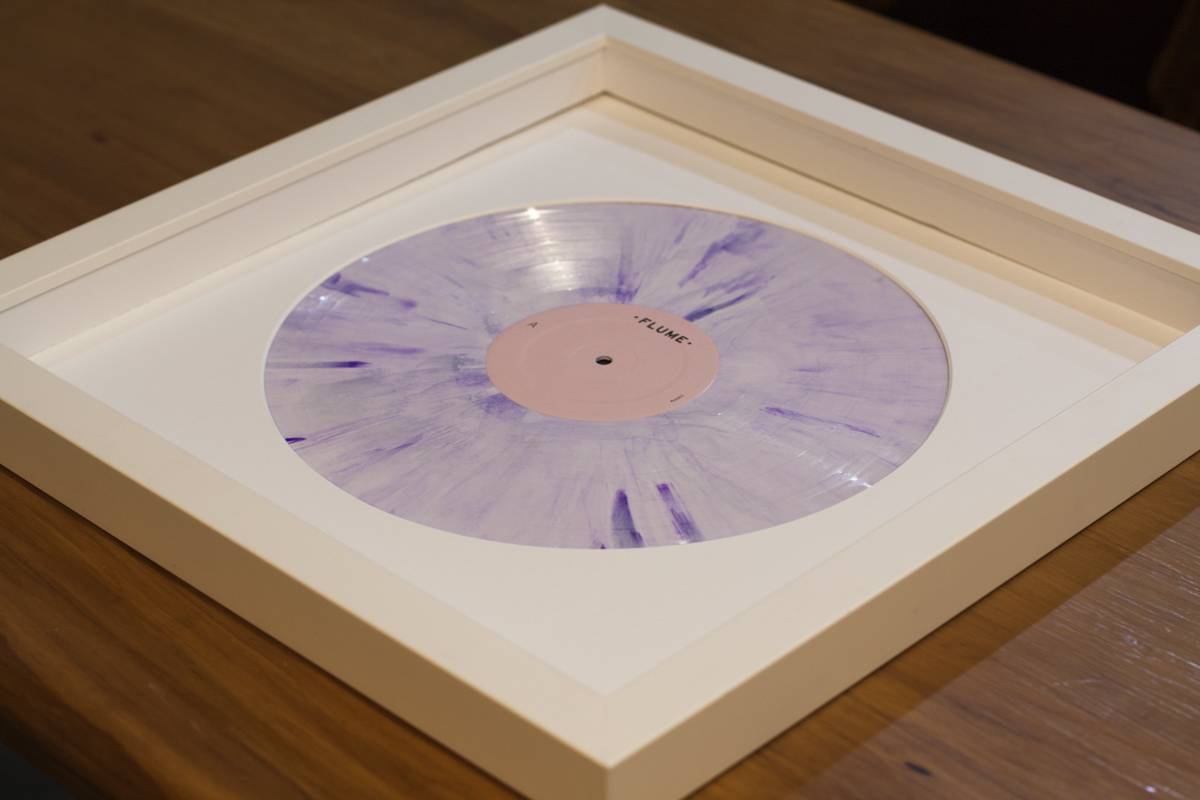 framing vinyl flume skin and radiohead a moon shaped pool