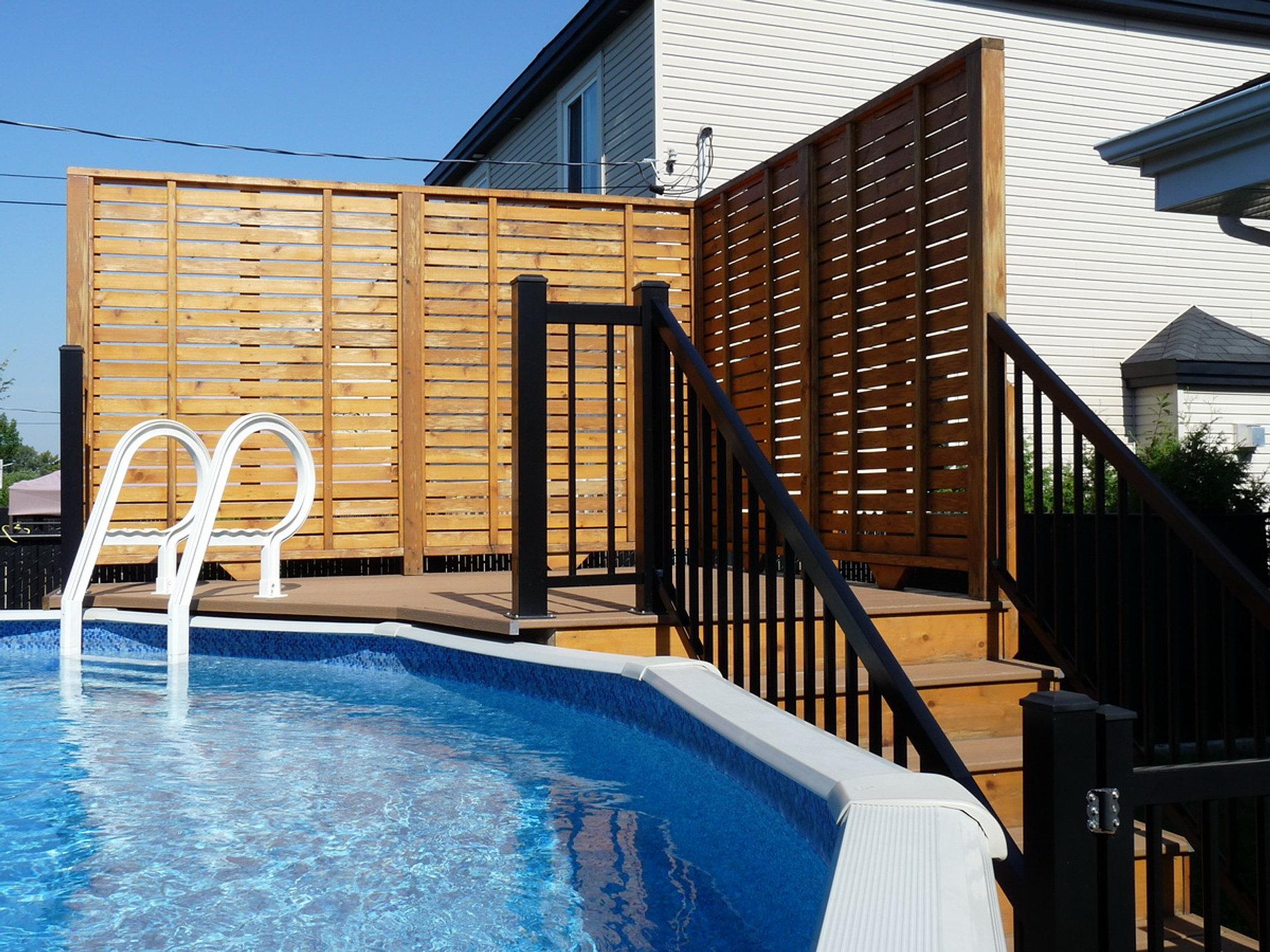 Peinture summit fer forg bois fibre de verre for Deck piscine bois