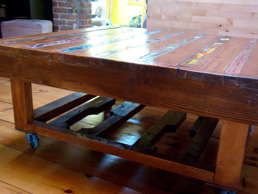 Free website built by paletterecyc using craft com for Table basse sur roulettes