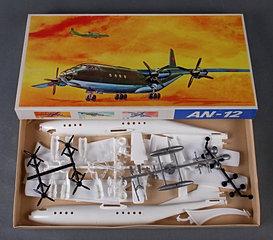Набор An-12