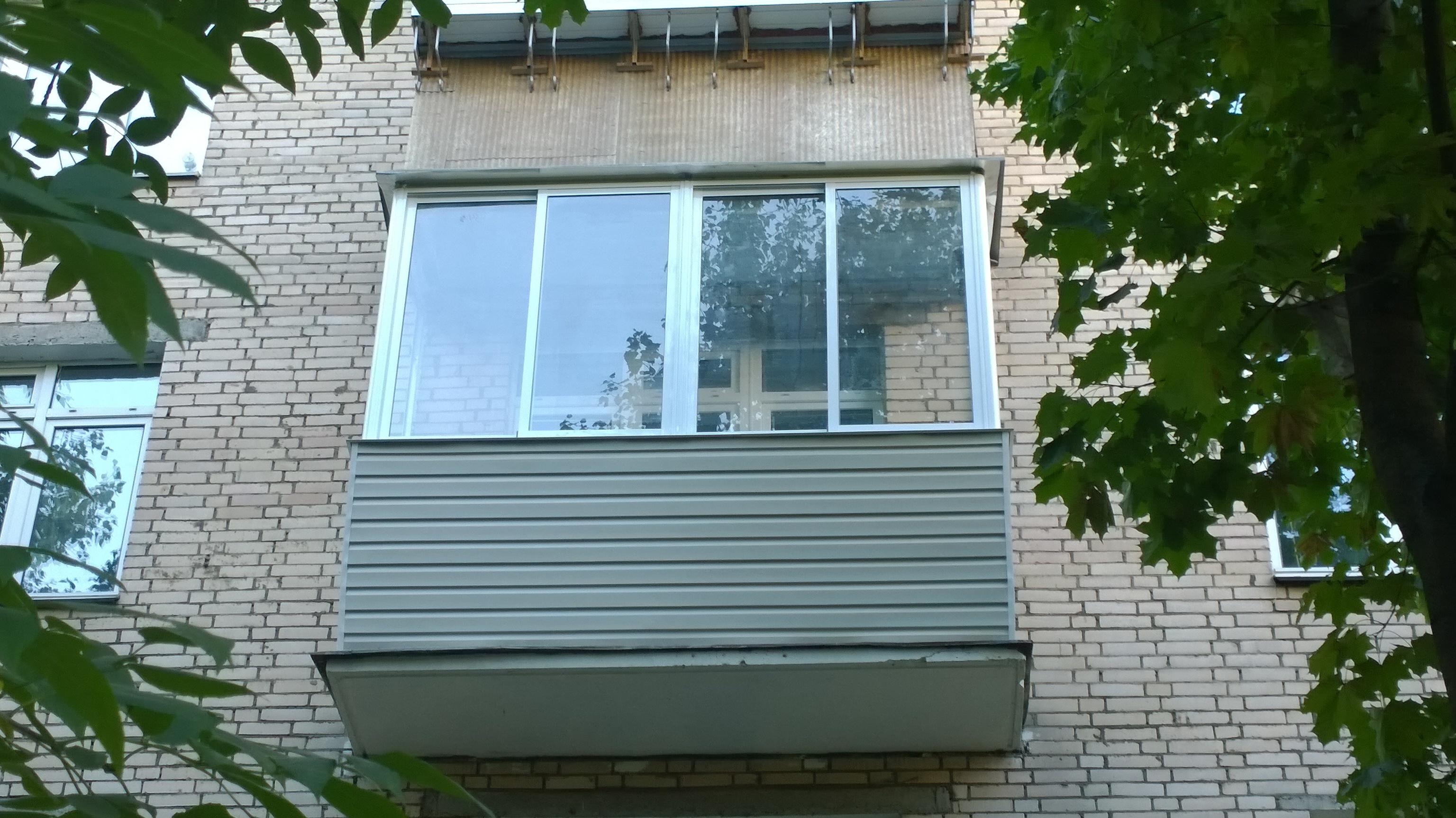 Балкон в хрущевке за 26 000 рублей.