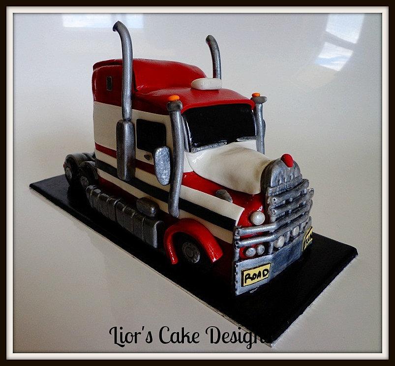 Cake Designs Truck : Liors Cake Designs Kenworth Semi Truck