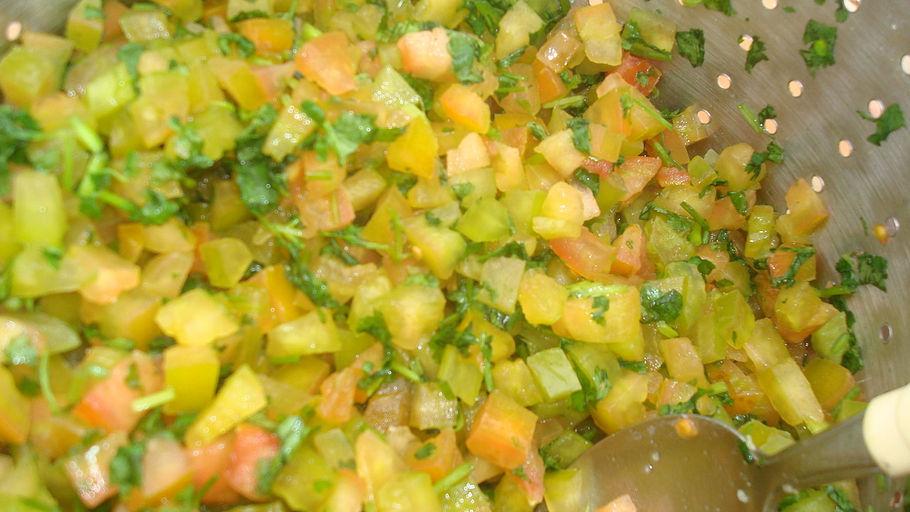 Salada de tomate verde