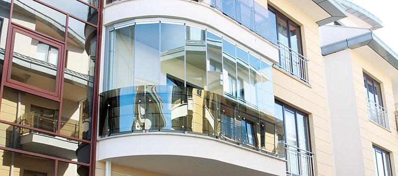 Панорамное остекление балконов и лоджий - bezramy.