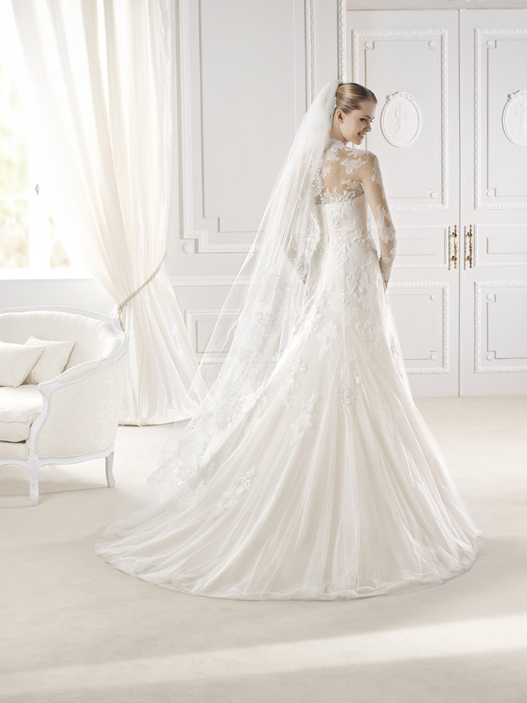 Princess Grace with a Modern Twist! | Pearls and Lace-Wedding ...