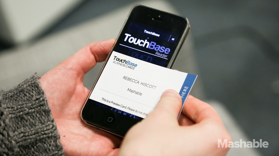 High-Tech Business Cards Digitize Contact Info With a Tap | YADARI ...