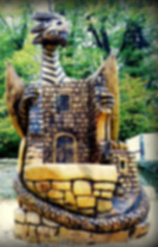 Fear na Coillte Chansaw Sculptures Dragon Throne, Mallow Castle, Co Cork