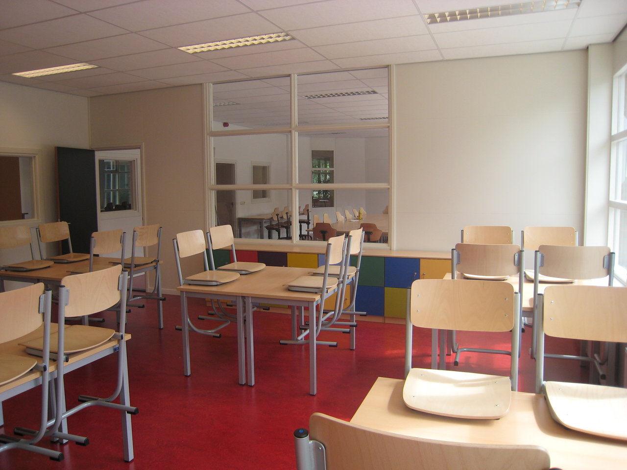 Schoolmeubilalir werkplaatsinrichting maatwerk for Meubilair basisonderwijs