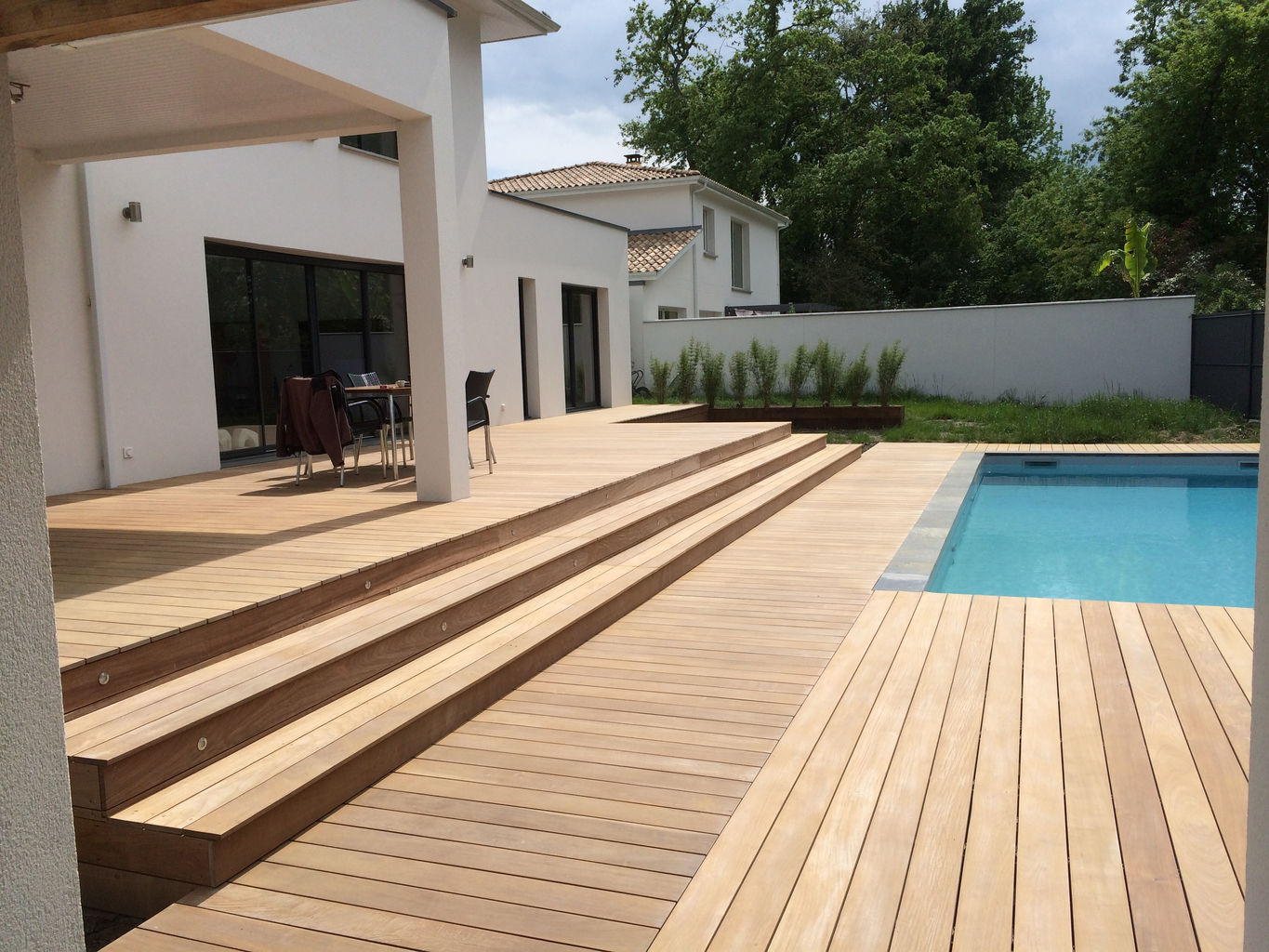 Terrasse bois composite gironde for Construction terrasse composite