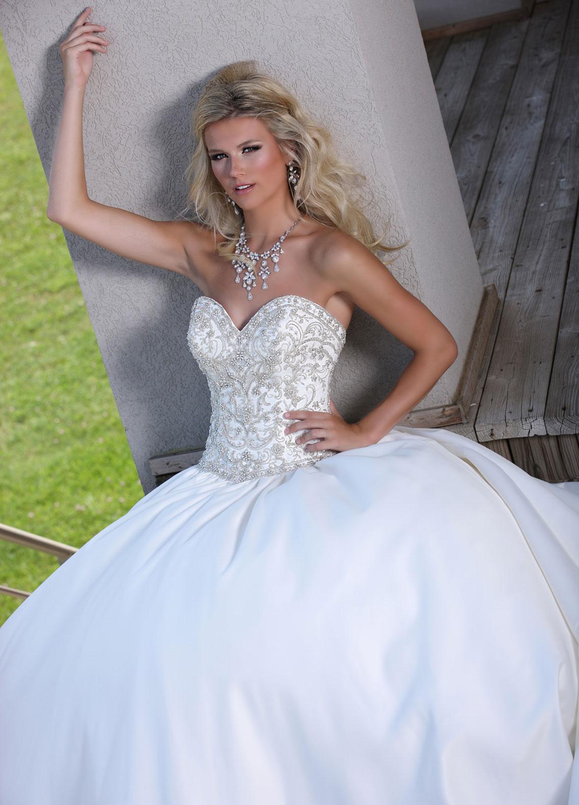 Designs For You Bridal Shop