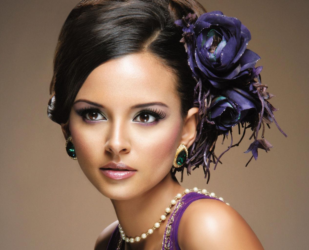 Asian Indian Bridal Hair and Makeup Artist London Based ...