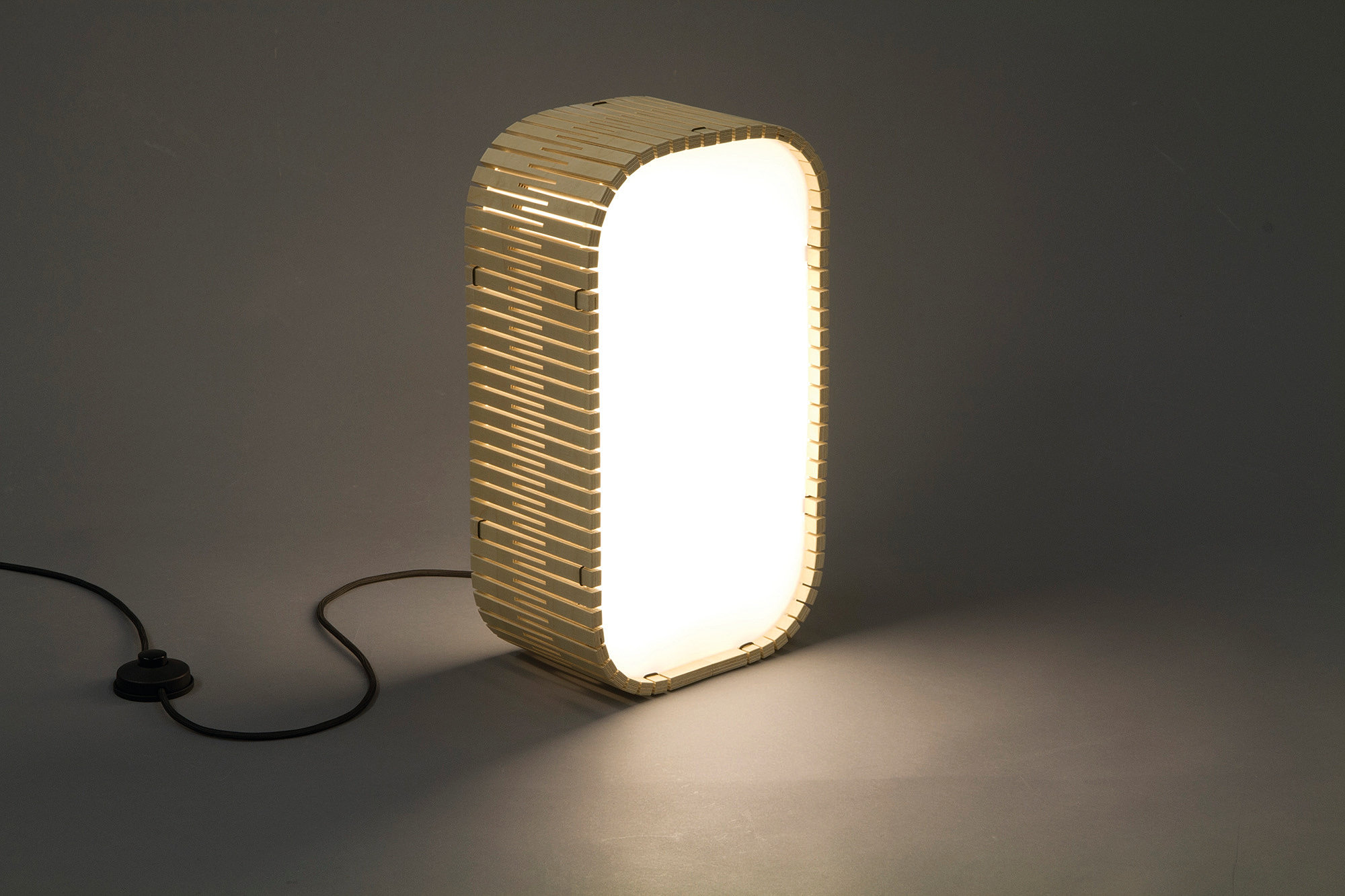Dukta Flexible Wood Motion By Gommans Dukta Lamp