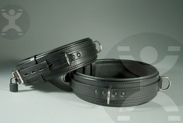 1Sin_Cuffs_for_Thighs.jpg