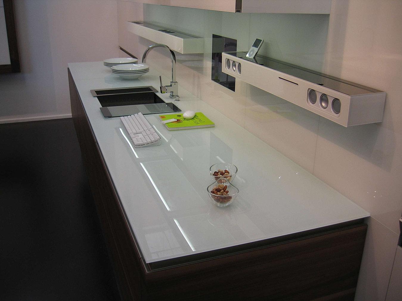 Bathroom worktop ideas -  Designs White Kitchen Worktops