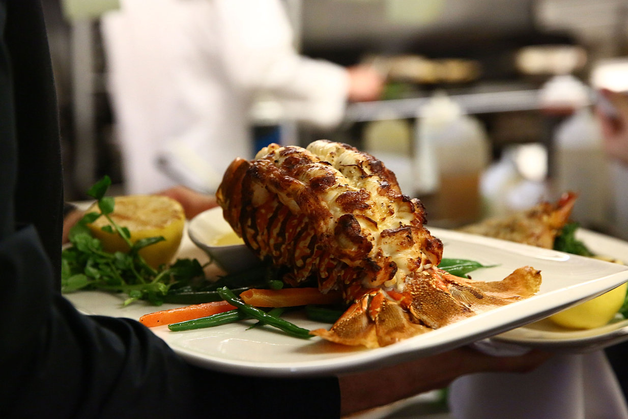 Oceanos Oyster Bar & Sea Grill | Fine Dining New Jersey Seafood