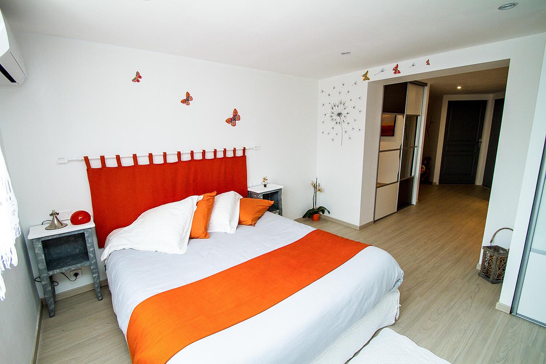 la napajo l chambre d 39 h tes dans les pyr n es orientales douce nuit. Black Bedroom Furniture Sets. Home Design Ideas