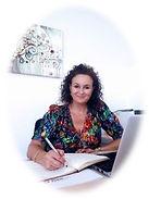 Celia escritorio.jpg