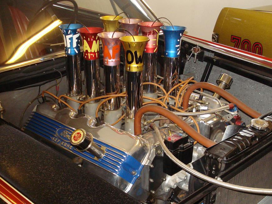 BatCar`s Injected 427 SOHC