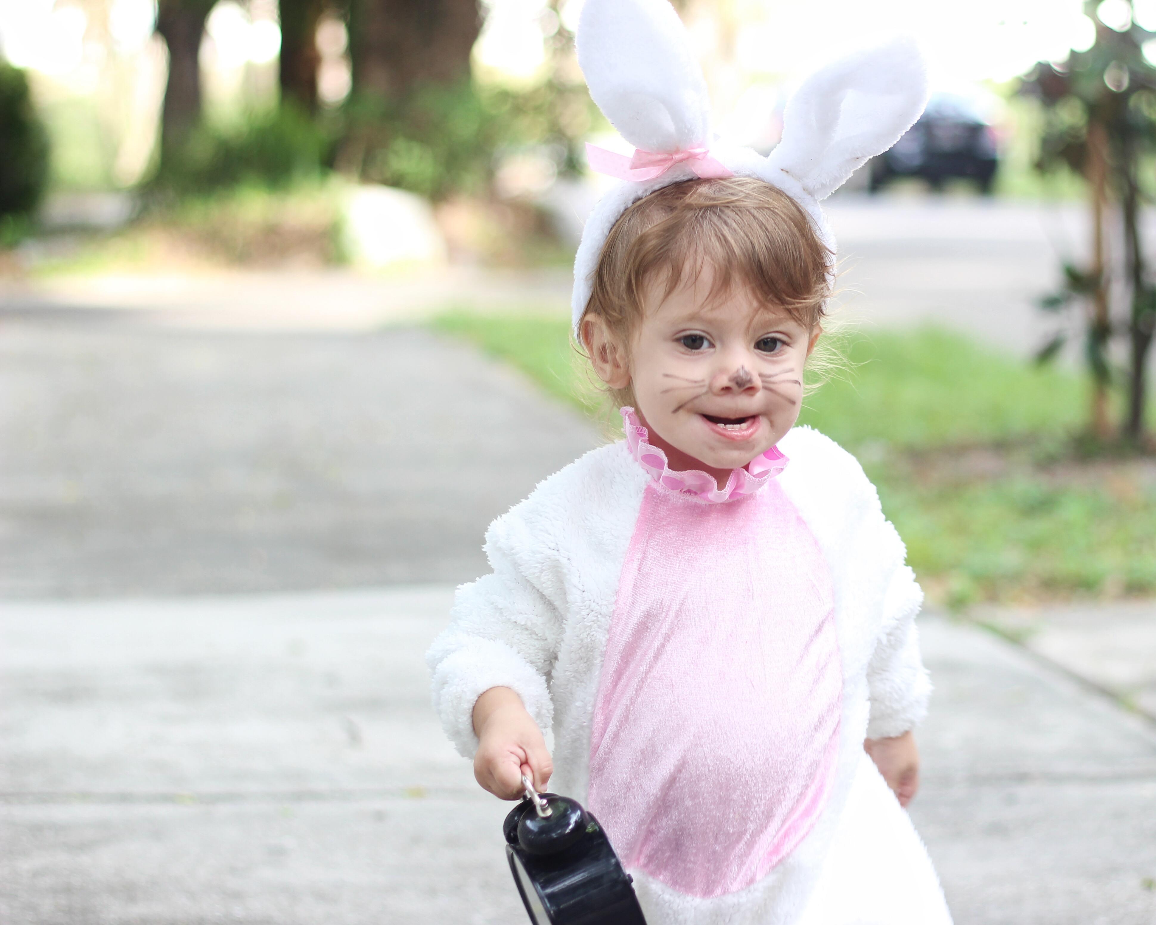 Little girl white rabbit costume | Family Alice In Wonderland Costume