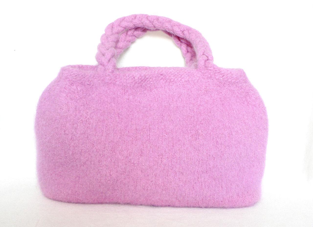 Vaaleanpunainen Olkalaukku : Muffintopknits handmade accessories wix