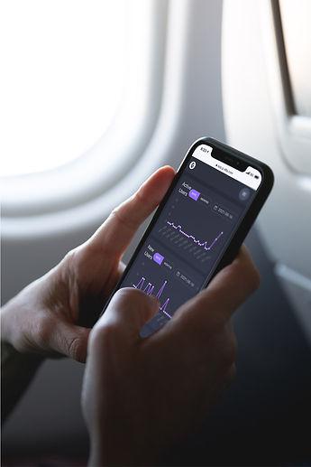 FreeMockup-iPhoneX-Plane-InspireDesignStudio.jpg