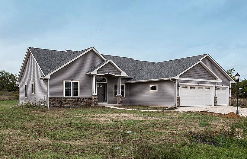 Trinity homes custom home builders in southeastern wisconsin for A e custom homes