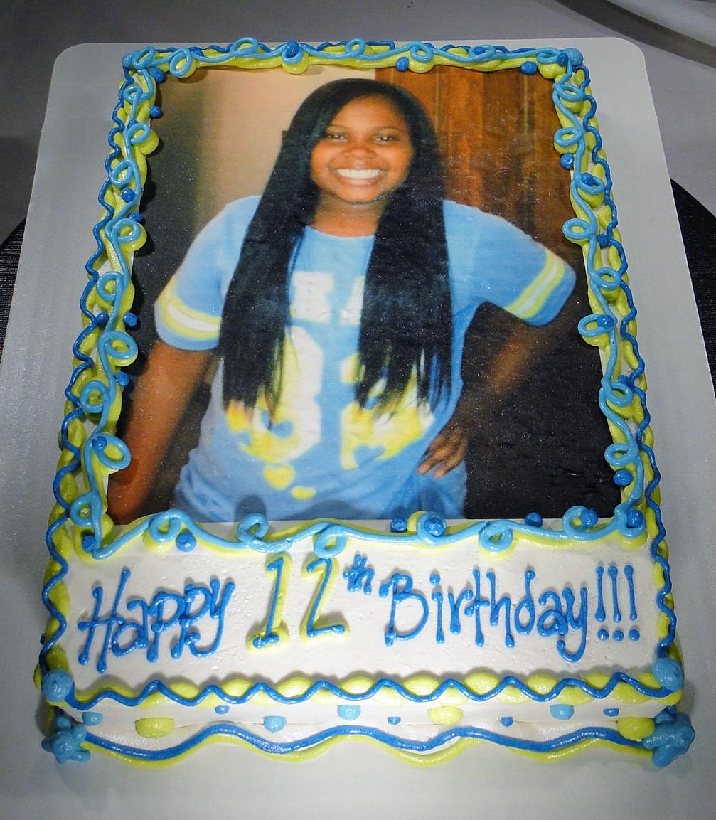 Edible Custom Pictures For A Cake