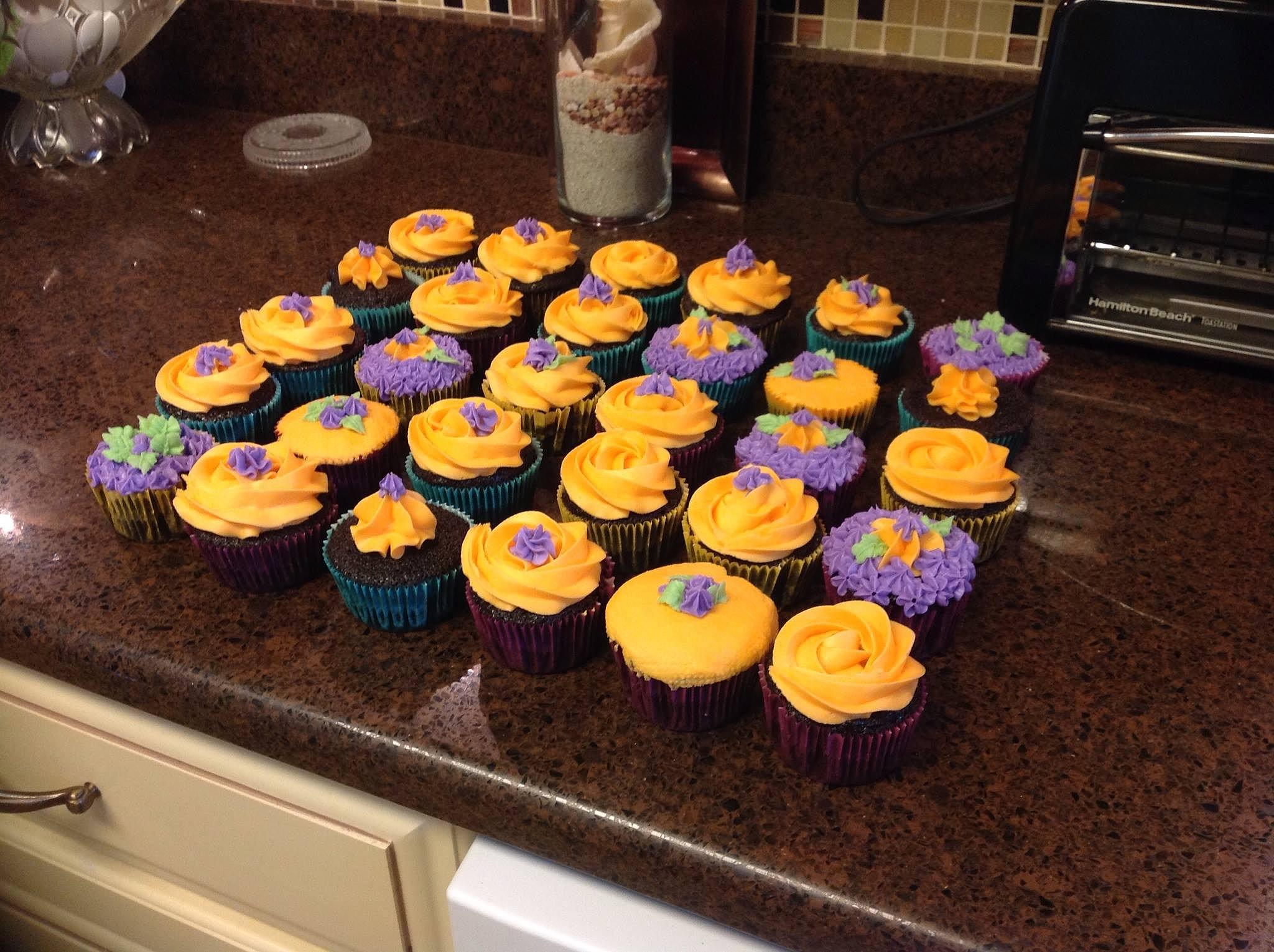 Fall Cupcakes.jpg