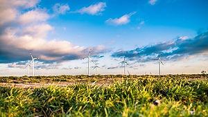 wind-farm-1209335_640.jpg