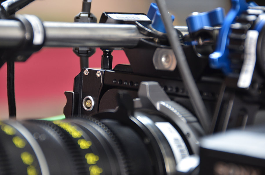 Power outputs on Sony F55 Side Plate