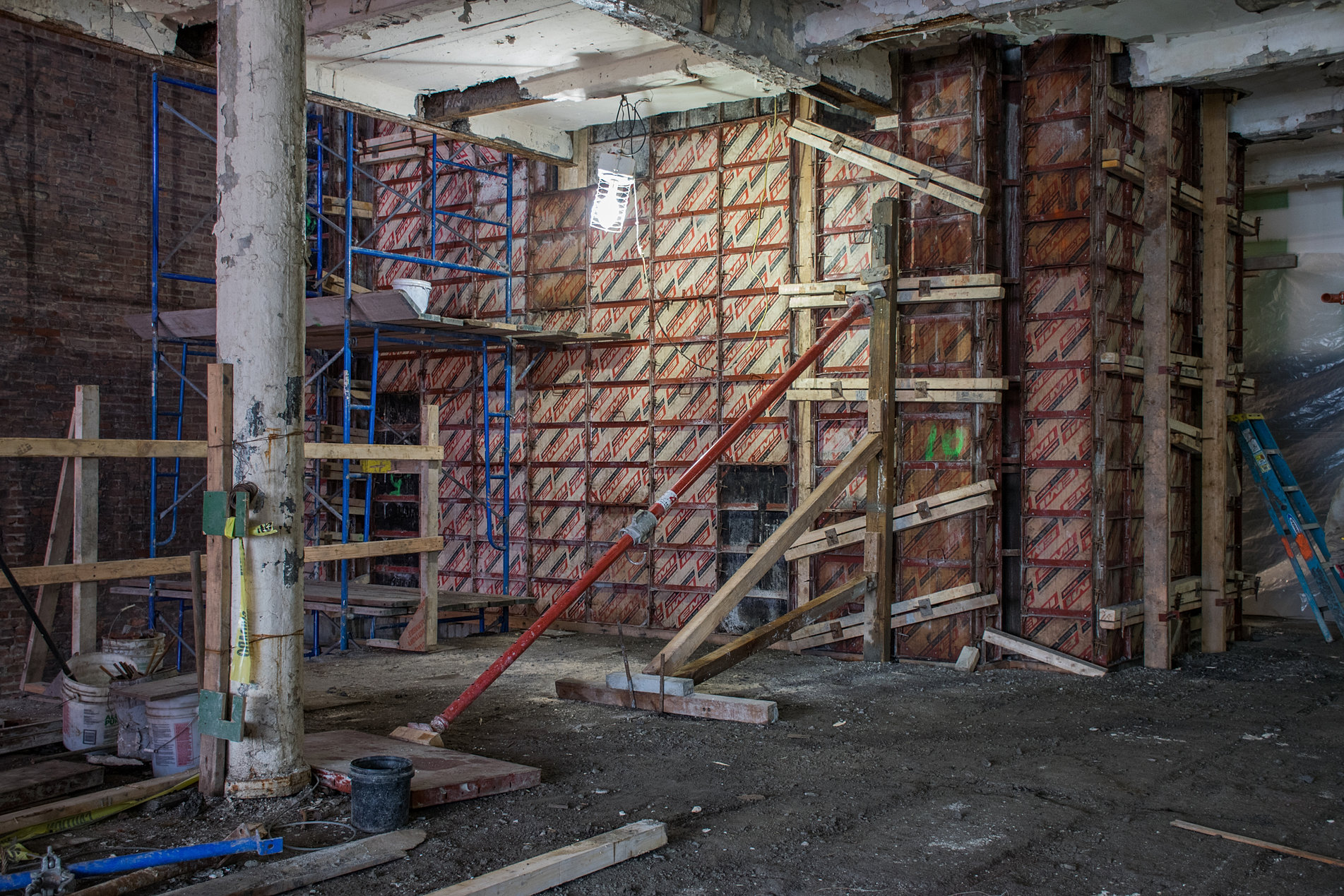 Archstone builders llc normandy real estate partners for Total interior demolition