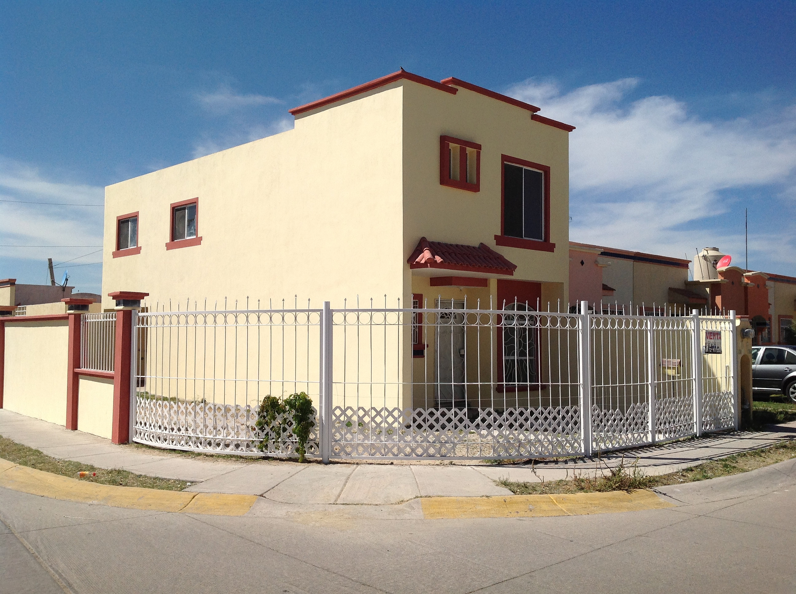 Mi casa ideal inmobiliaria leon gto mexico renta casa for Casas en renta leon gto