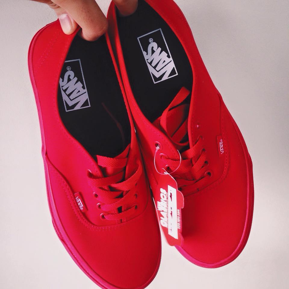 Vans Red Mono