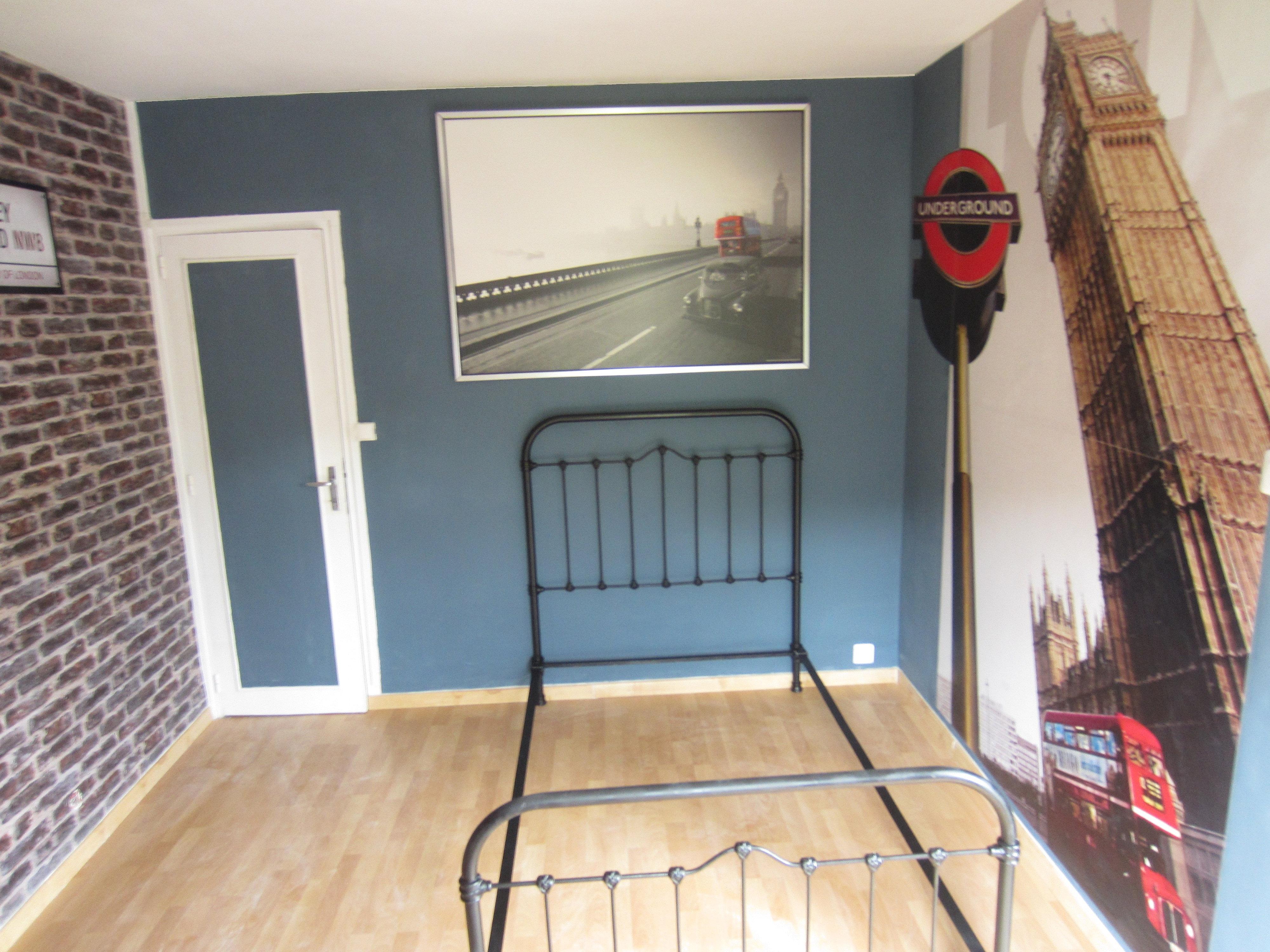 Beautiful chambre lambris peint photos - Lambris pvc chambre ...