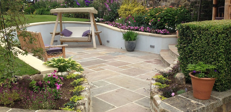 Yorkshire garden designs by lorna batchelor for Garden design yorkshire