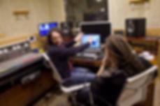 Первое занятие звукорежиссурой. Звукорежиссер рассказывает о звуке в студии звукозаписи