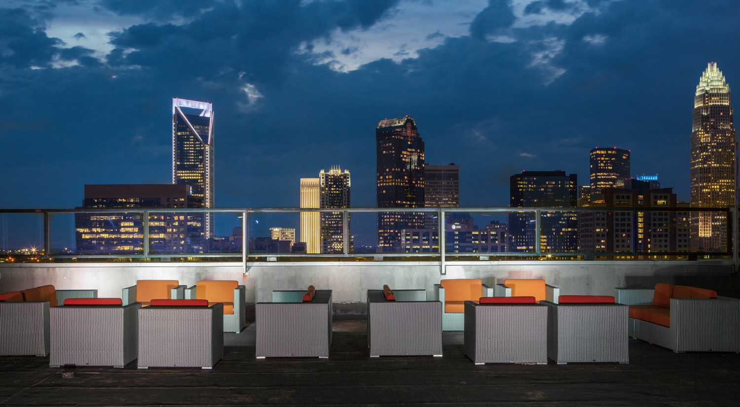 City Lights Rooftop Charlotte 39 S Largest Rooftop Bar