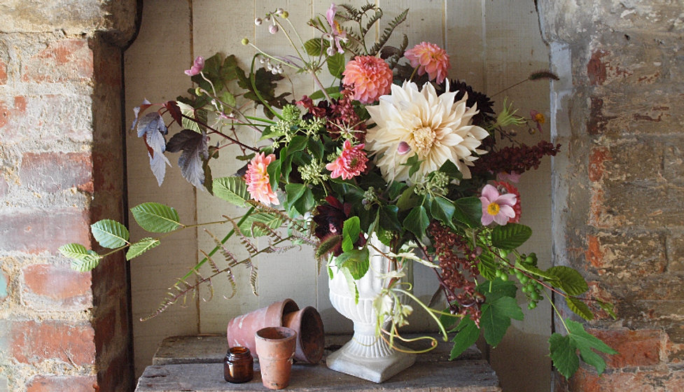 Wedding Bouquets Northamptonshire : Welcome to foxtail lilly bespoke florist vintage