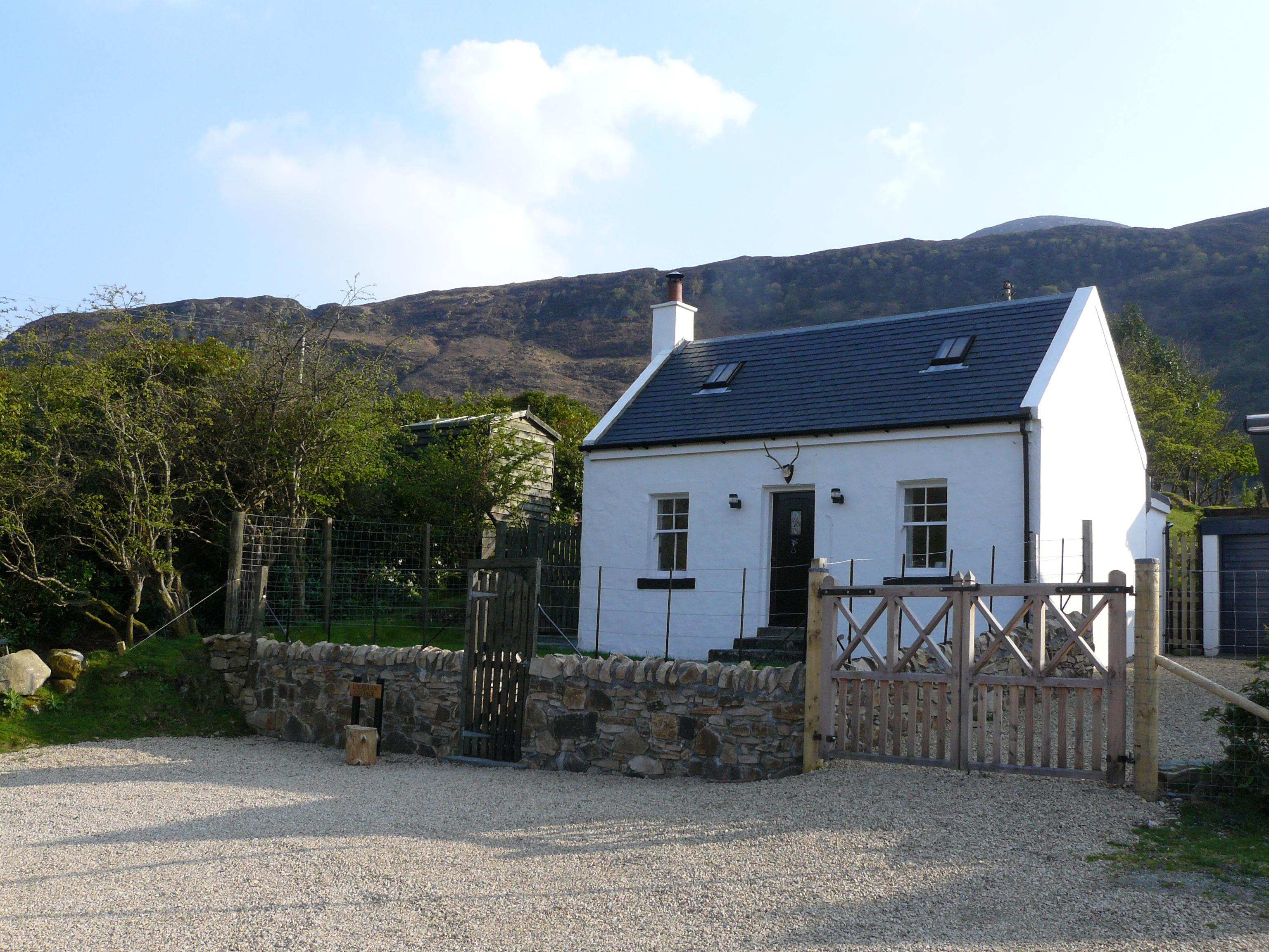 Lochdean Cottage. Self Catering Holiday in Lochranza ...