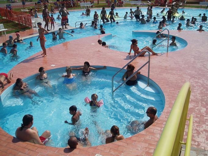 acquapark san giorgio estate mantova piscina acquascivoli