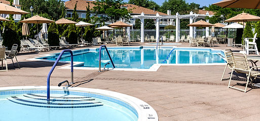 Outdoor-Pools-1.jpg