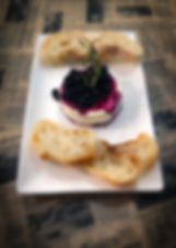Baked Brie Cheese wih Blueberry Compote
