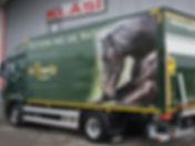St. Hyppolit LKW Actros Kofferaufbau Hebebühne Kläsi Fahrzeugbau AG