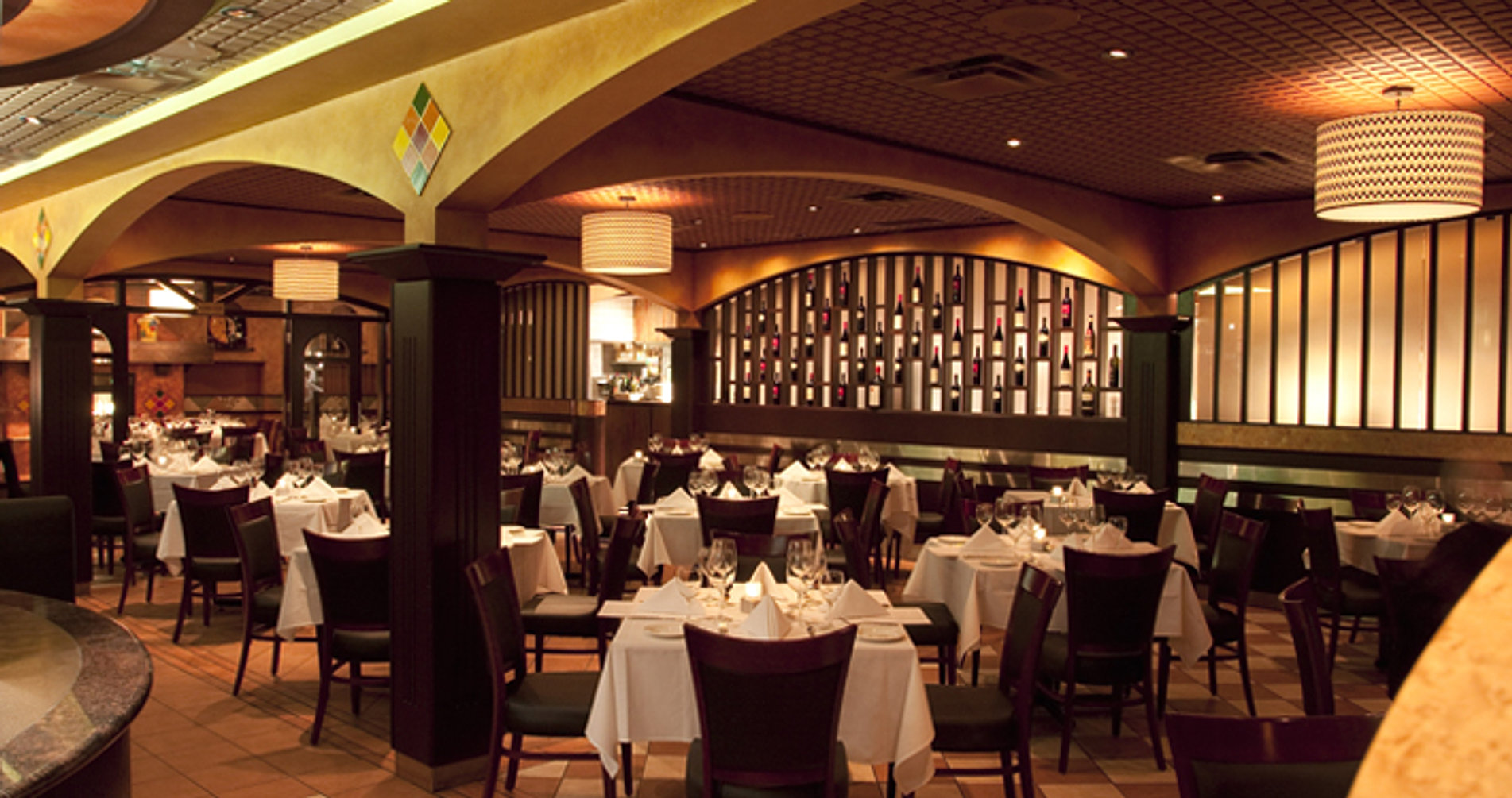 Italian restaurant edmonton sorrentino 39 s restaurant for Best private dining rooms edmonton