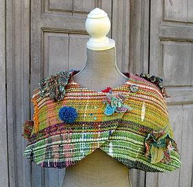 boléro, tissage artisanal, 180€