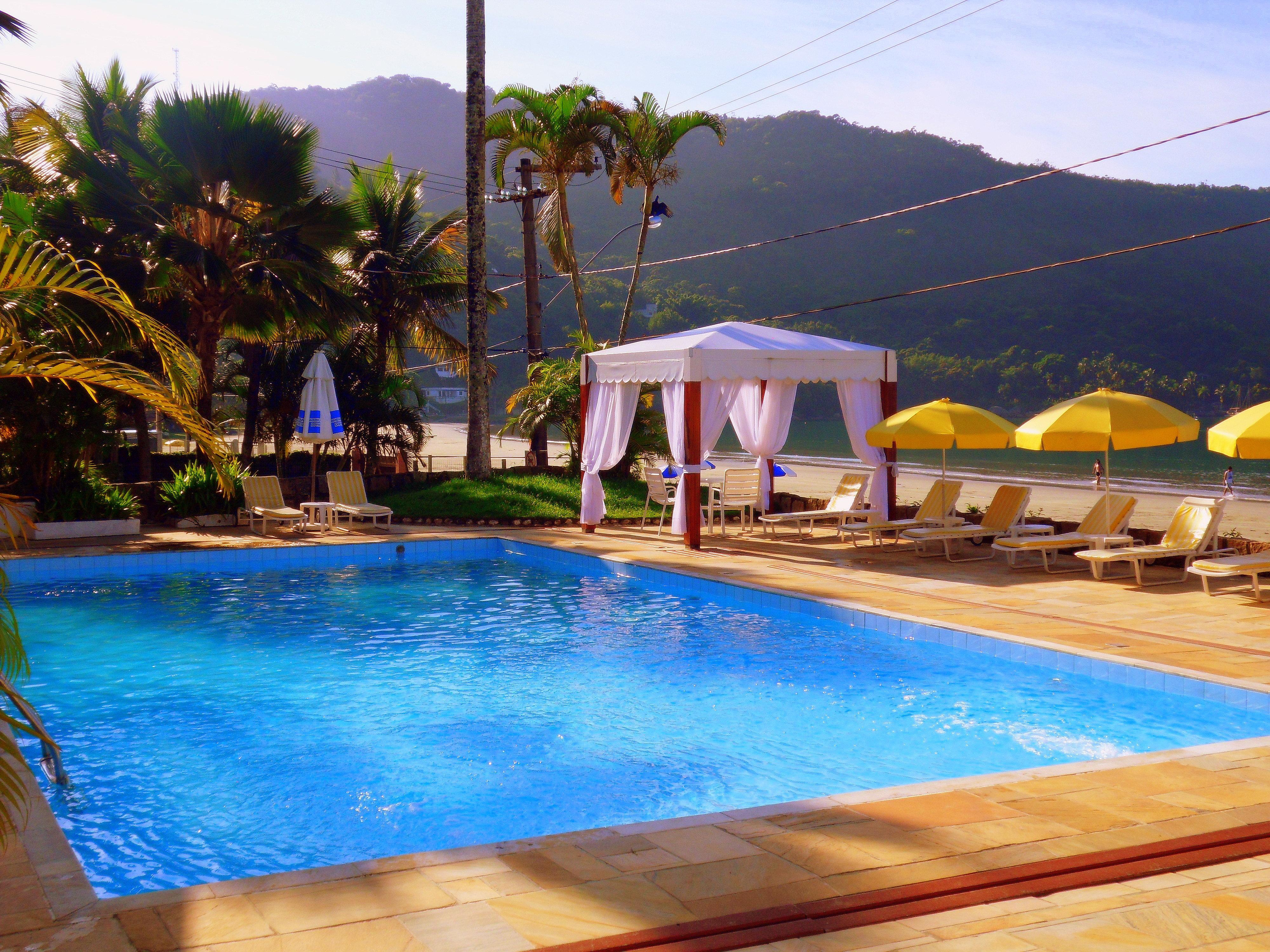 Hotel torremolinos ubatuba s o paulo piscina for Hotel kristal torremolinos piscina