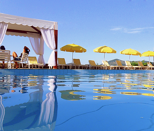 Hotel torremolinos ubatuba s o paulo lazer for Hotel kristal torremolinos piscina