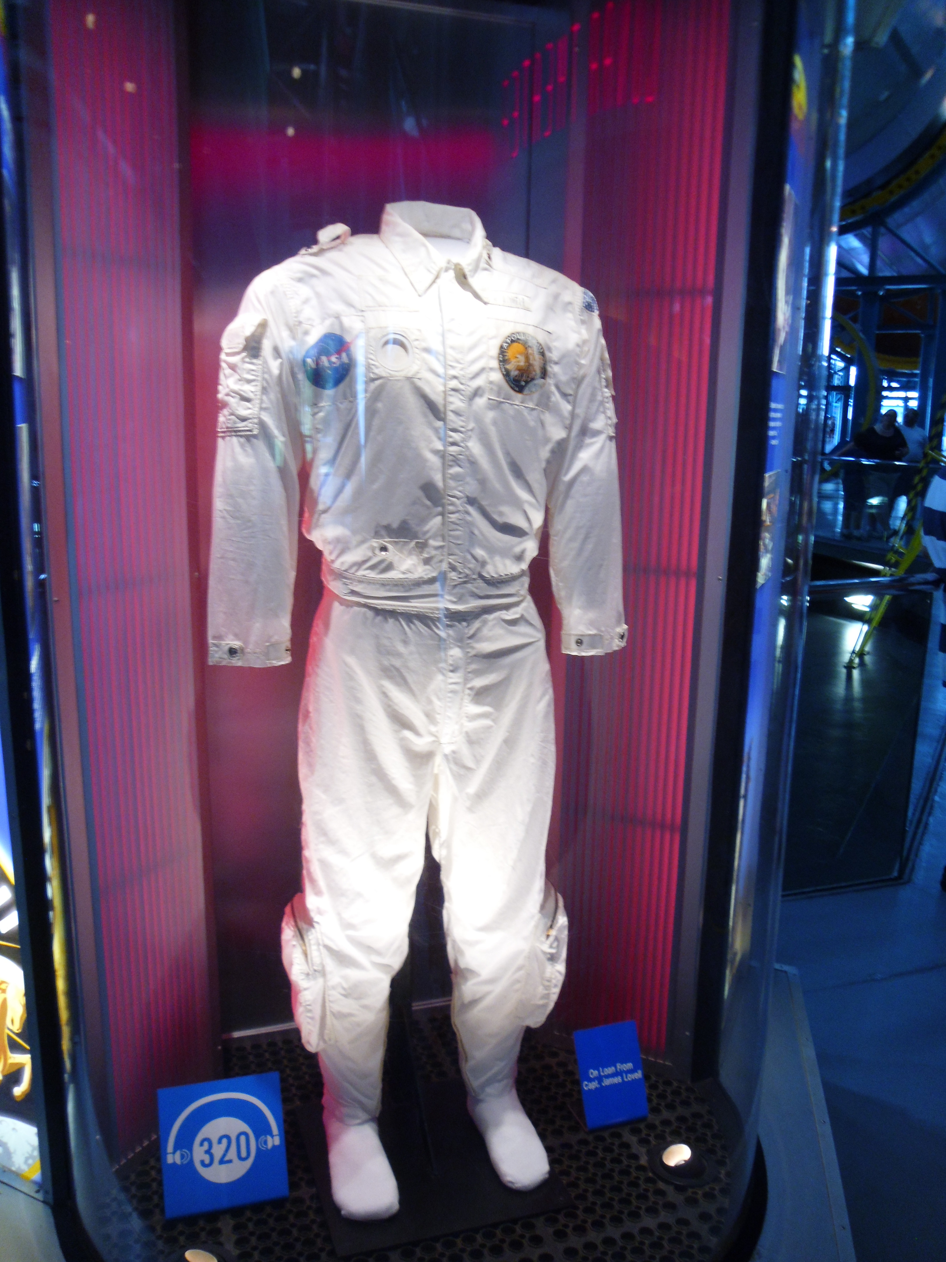 neil armstrong full suite - photo #24